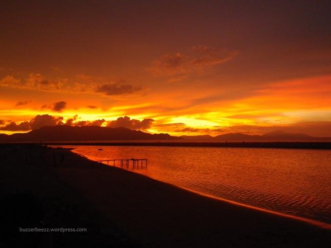 Turnamen Foto Perjalanan: Laut. pantai Ulee Lheue Banda Aceh. © buzzerbeezz