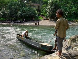 Menyeberang Sungai Bahorok