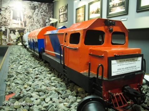 Miniatur kereta yang dipamerkan di Museum Kereta Api