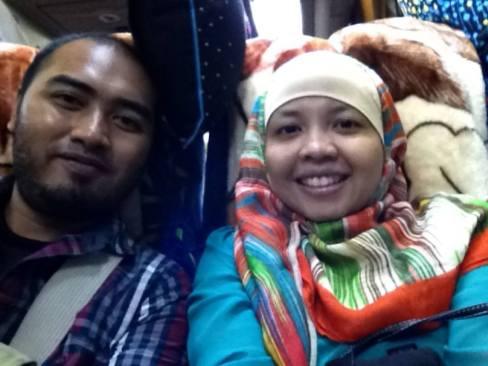 Selfie di dalam bus