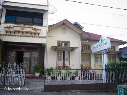 Hotel Kartini dari depan