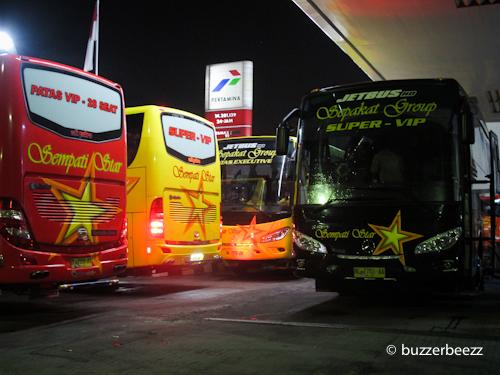 Bus Sempati Star, teman kami menuju Aceh