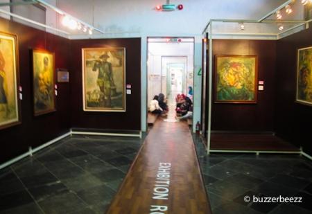 Sekat-sekat ruang pamer museum