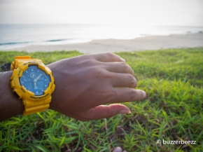 Jam tangan warna kuning kesayangan saya