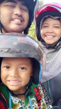 family_selfie1.jpg
